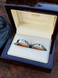 maria and gabors stainless steel rosegod wedding rings