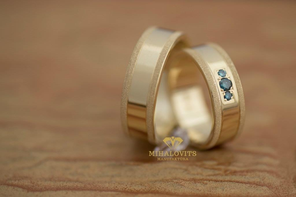 solid-colored-wedding-ring-