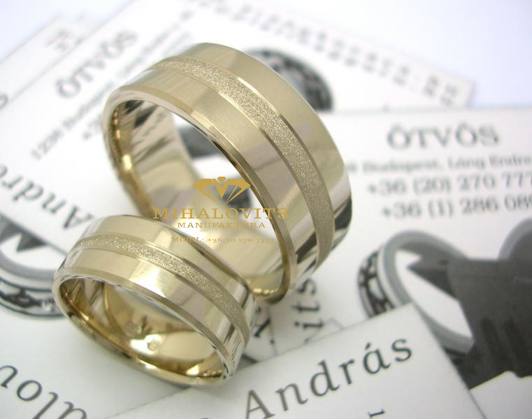 solid-colored-wedding-ring-18