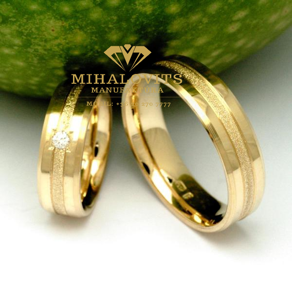solid-colored-wedding-ring-27
